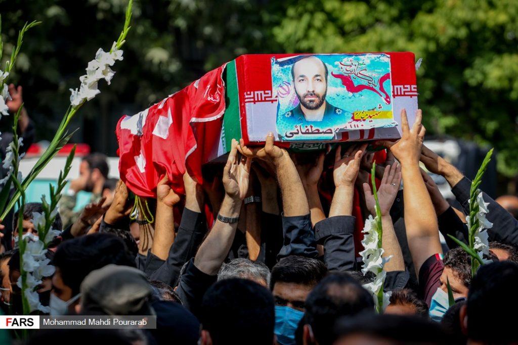 تشییع پیکر شهید مدافع حرم عین الله مصطفایی