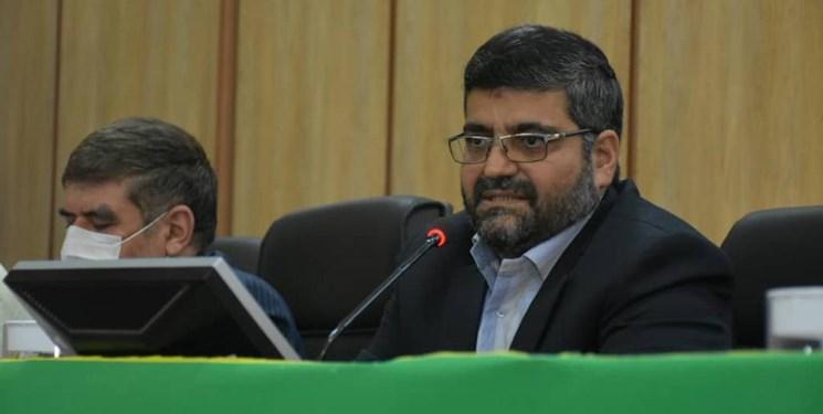 منتخبان مردم در شورای شهر با توصیه و سفارش شهردار انتخاب نکنند