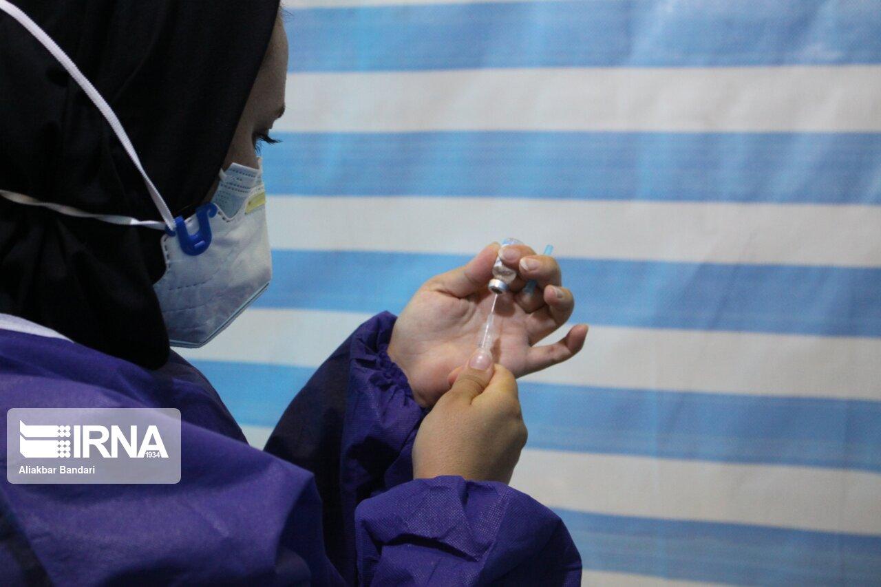 واکسیناسیون اصحاب فرهنگ و هنر استان سمنان علیه کرونا آغاز شد